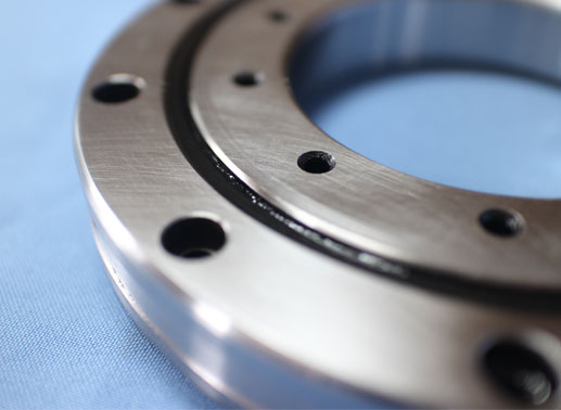 RU124UU cross roller bearing