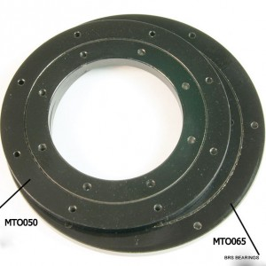 anti-rust slewing ring surface black oxide treated.