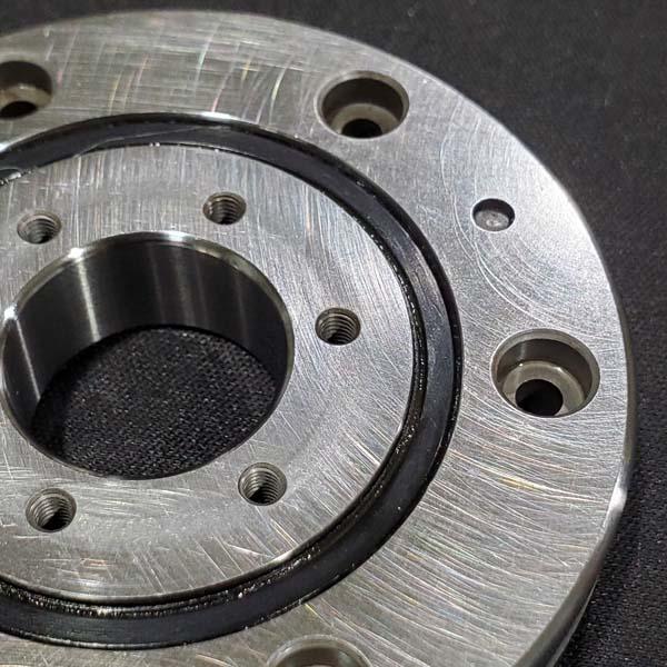 crossed roller bearings sealing