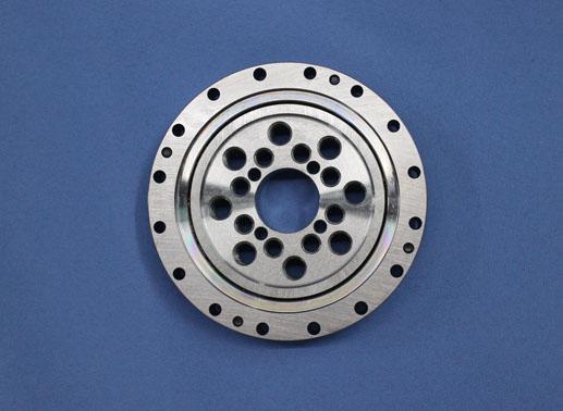CSF32 housed units crossed roller bearing